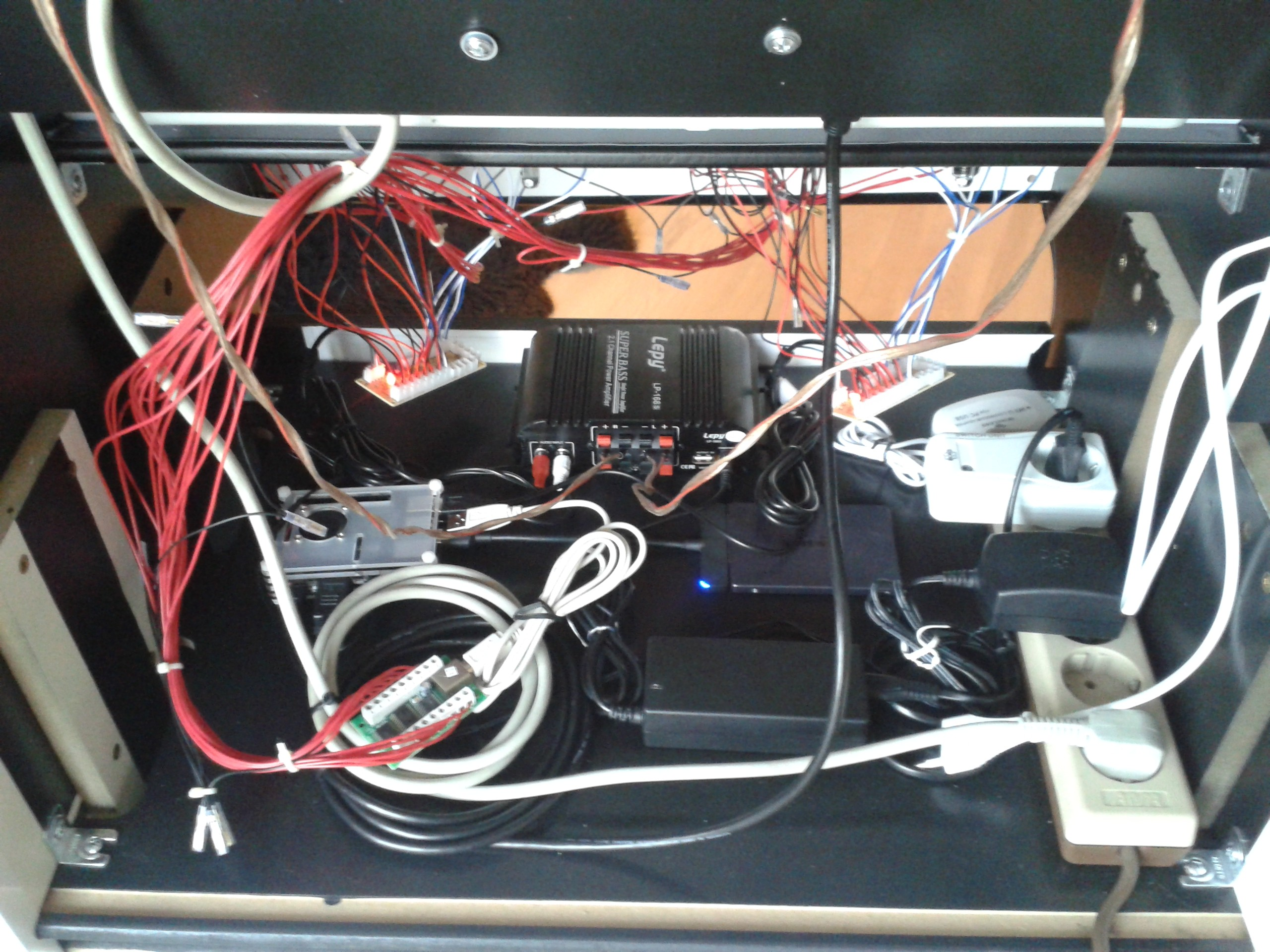 Clyde's Wiring of Chaos +20